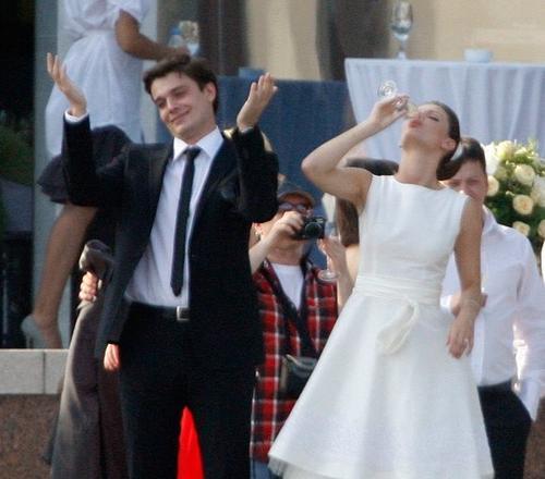 максим матвеев и лиза боярская свадьба фото